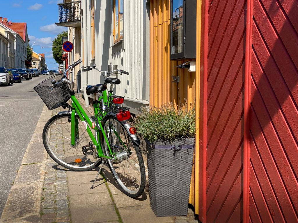 Lilla hotellet cyklar. Foto S. Rickan