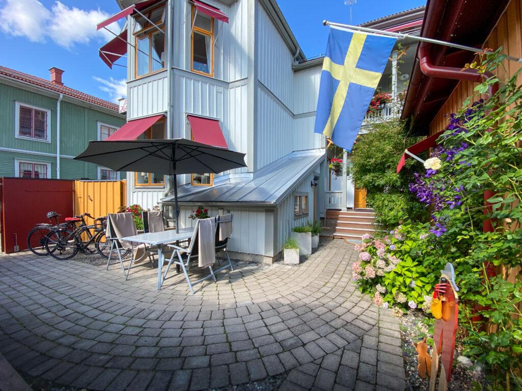 Lilla Hotellets innergård. Foto S. Rickan